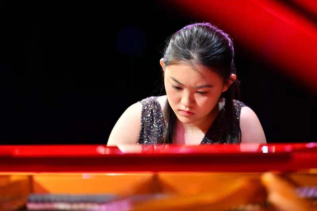 青年钢琴家廖偲婕文雅归纳 (1).jpg