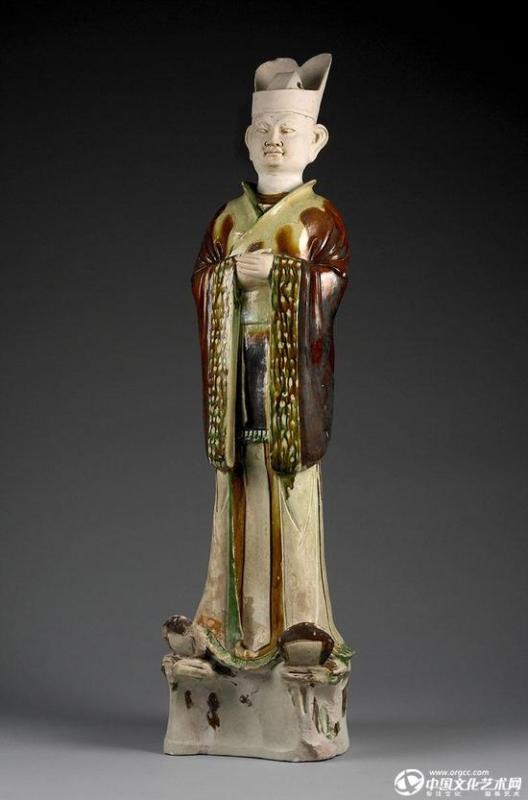 唐代刘庭训墓的三彩文官俑。