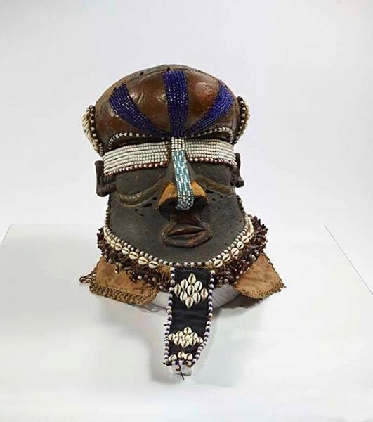 维利族雕像,来自刚果的收藏,20世纪初